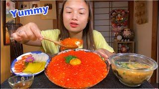 Cơm Phủ Trứng Sống&Trứng Cá Hồi Tràn Ngập Rưới Sốt Tương Wasabi,Củ Cải Vàng&Kim Chi Ngon Ngất Ngây