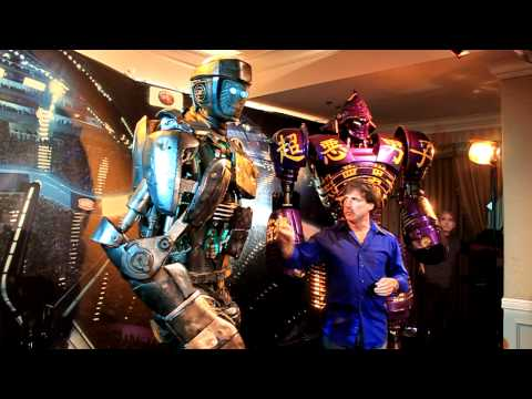 atom-from-real-steel-and-john-rosengrant-from-legacy-effects