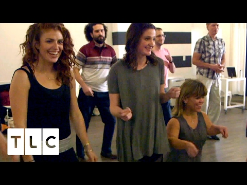 Girl Talk and Salsa Dancing | Little People, Big World