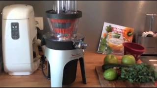 Jus Green Detox avec l'Infiny Press Revolution de Moulinex