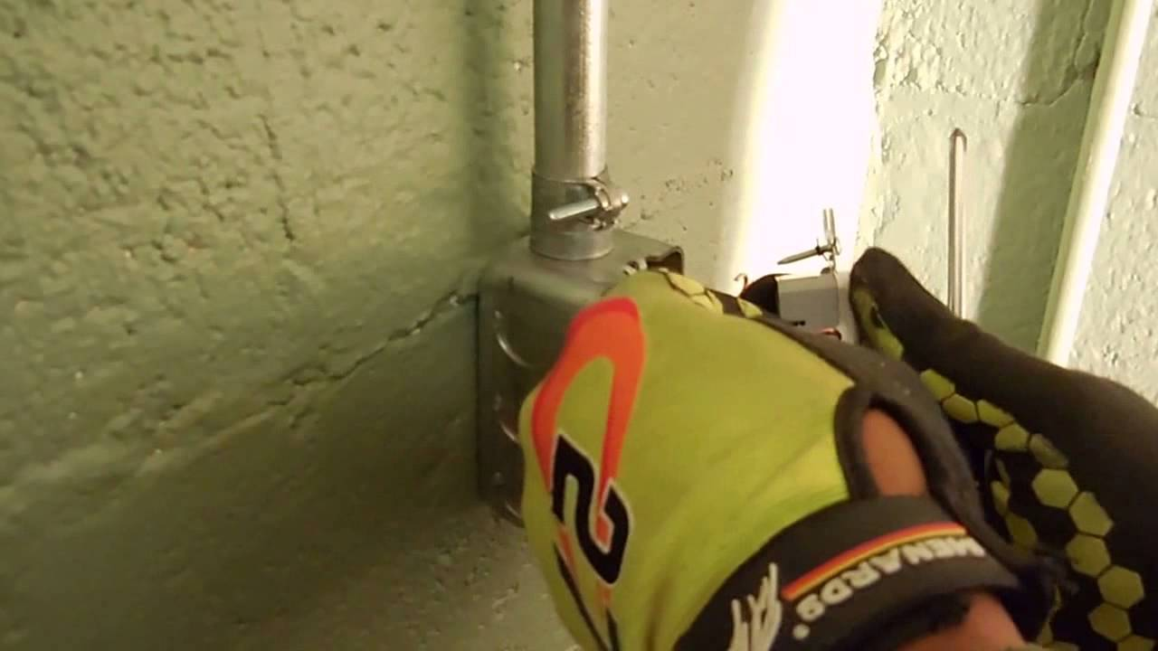 How to wire 110v outlet - YouTube