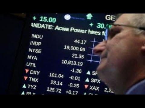 Dow posts third straight record close