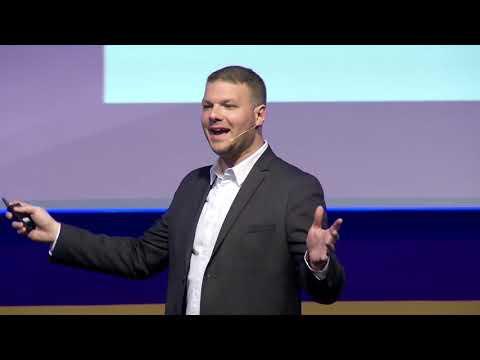 Philip Liken's presentation about Emerging Techs at Panrotas Forum, Brazil