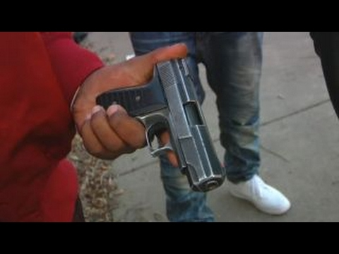 Chicago gang members say more police won
