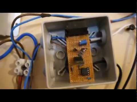 DIY 12v Deep cycle battery maintainer helps keep your battery in shape when no sun !