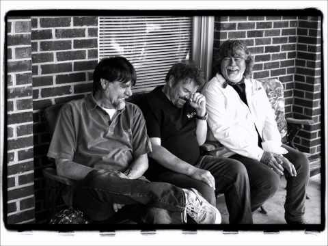 Alabama - wasn't through lovin' you yet (New Song) Music News
