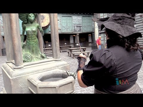 Interactive wands hands-on in Diagon Alley & Hogsmeade at Universal Orlando