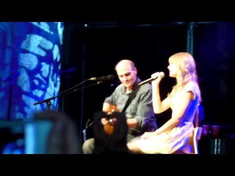 James Taylor and Taylor Swift Fire and Rain @ Tanglewood
