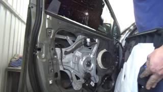 Как снять обшивку дверей Hyundai iX-35.