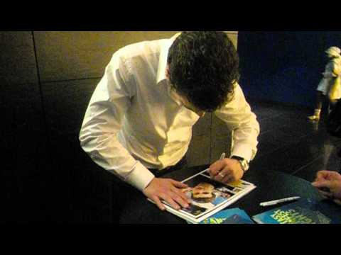Alex Russel(Chronicle) signing autographs in Berlin 25. March 2012.AVI