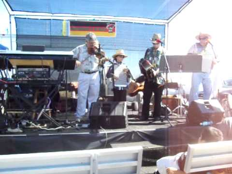 Fontenot and Pappion Old Style Creole Band at The Big Squeeze Accordion Festival mp3