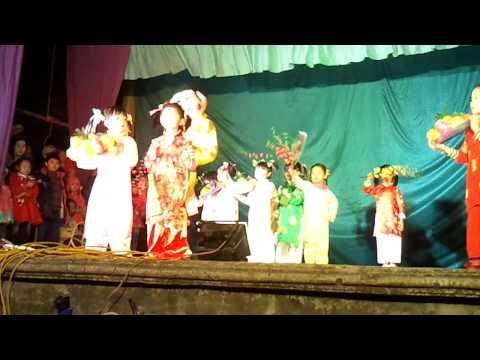 Liên khúc mừng xuân của các bé thiếu nhi thôn Tằng My 2012.mp4