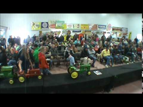 John Deere A pedal sells for $5,000 at Polk Auction Spring Collector Auction
