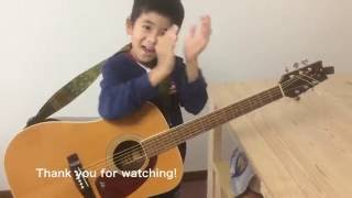 8才の小学生がもらったギターの張り替えに挑戦! 子供は吸収力が半端な...