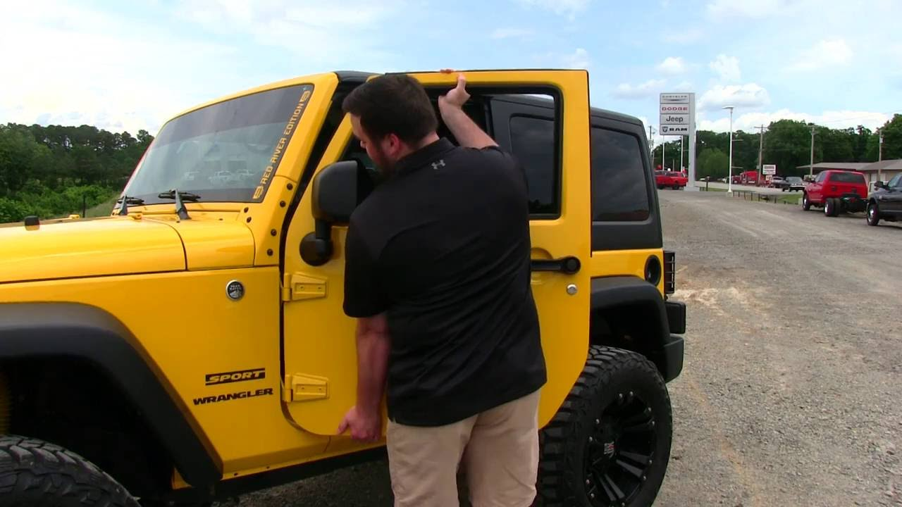 How To: Take new model Jeep Wrangler doors off & How To: Take new model Jeep Wrangler doors off - YouTube Pezcame.Com