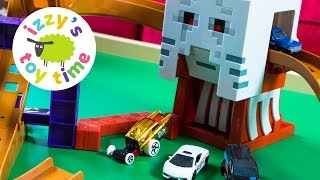 MINECRAFT GHAST ATTACK with Hot Wheels! Cars for Kids with Fast Lane | Fun Videos for Children