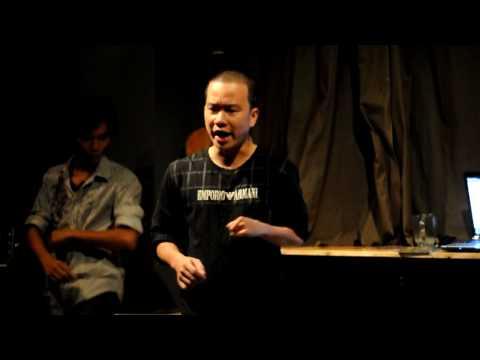 Dua Leo dien stand up comedy - hai doc thoai ngay 6 thang 6 at Lít cafe - phần 1