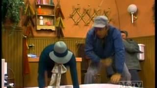 JOWLS (JAWS parody from Carol Burnett)
