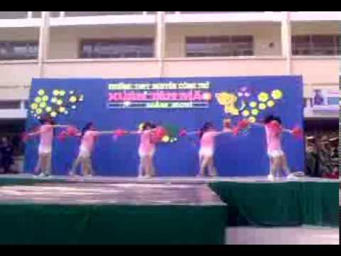 10a19 nhảy cổ động Hội xuân NCT 25/1/2011
