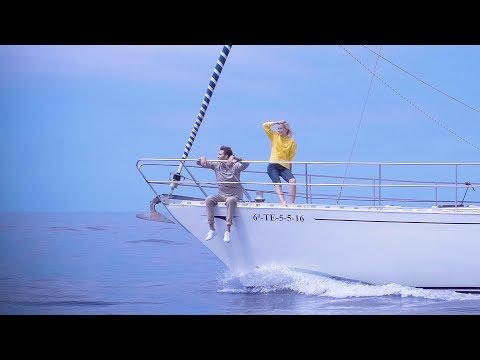 Смотреть клип Костя Битеев & Лиза Смол - Расслабленно