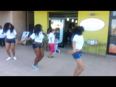"Black & White by Nilka - ""Come se baila en Cuba"" - Montesilvano 29.5.15"