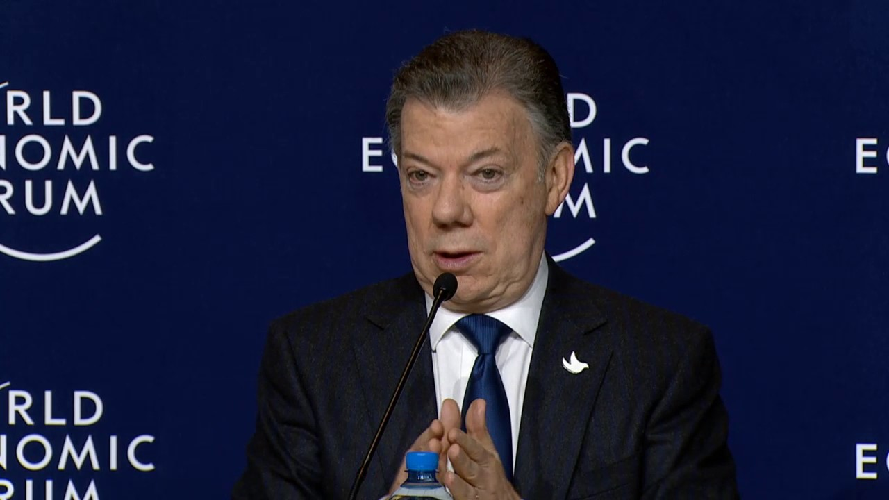Davos 2017 - Press Conference with the President of Colombia