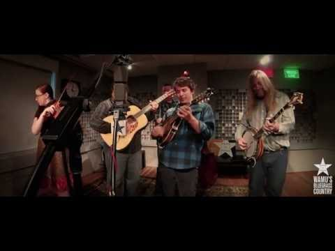 Jeff Scroggins & Colorado - One Morning in May [Live at WAMU's Bluegrass Country] Mp3