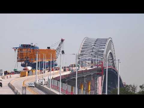 "Bayonne Bridge construction: ""It's like open heart surgery"""