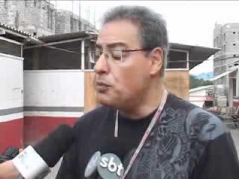 SBT News: Operários de obra não recebem há dois meses em Joinville (13/04/2011)