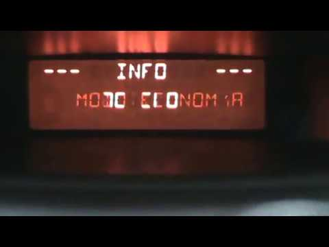 Citroen C3. Set the clock in time and computers operations. Video 20 of 20.