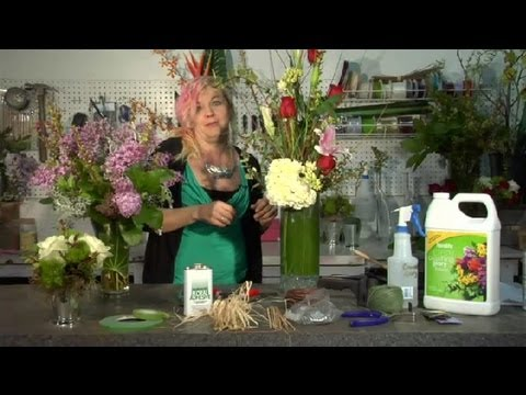 Flower Arrangement Methods & Equipment : Floral Tips & Ideas