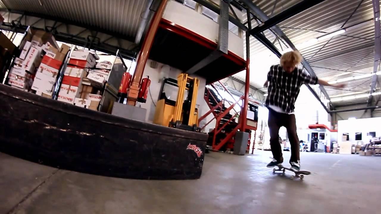 b3d41f162d2ea7 Titus Münster Shop-Team Session im Titus Lager - YouTube
