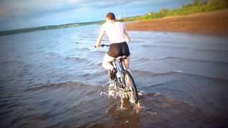 Чудо техники! Водный и подводный велосипед!!!(Это видео создано с помощью видеоредактора YouTube (http://www.youtube.com/editor), 2015-03-26T18:19:05.000Z)
