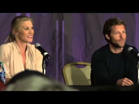Katee Sackhoff & Jamie Bamber at the Dallas Comic Con part 1 of 2