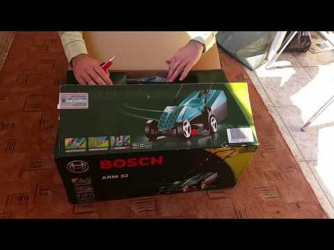 Unpacking lawn mower Bosch ARM 32