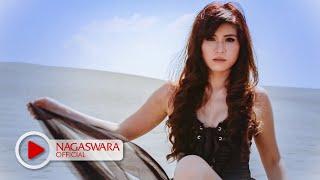 Putri Fe - Serigala Busuk (Official Music Video NAGASWARA) #music