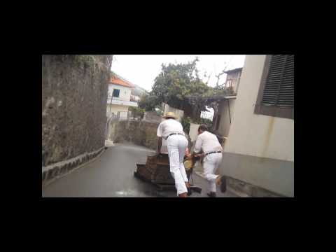 Sledge ride at Monte Funchal.wmv