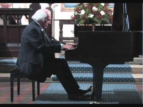 John Maver playing Chopin at Rosslyn Hill Chapel, Hampsted,London.29 Sep 2007