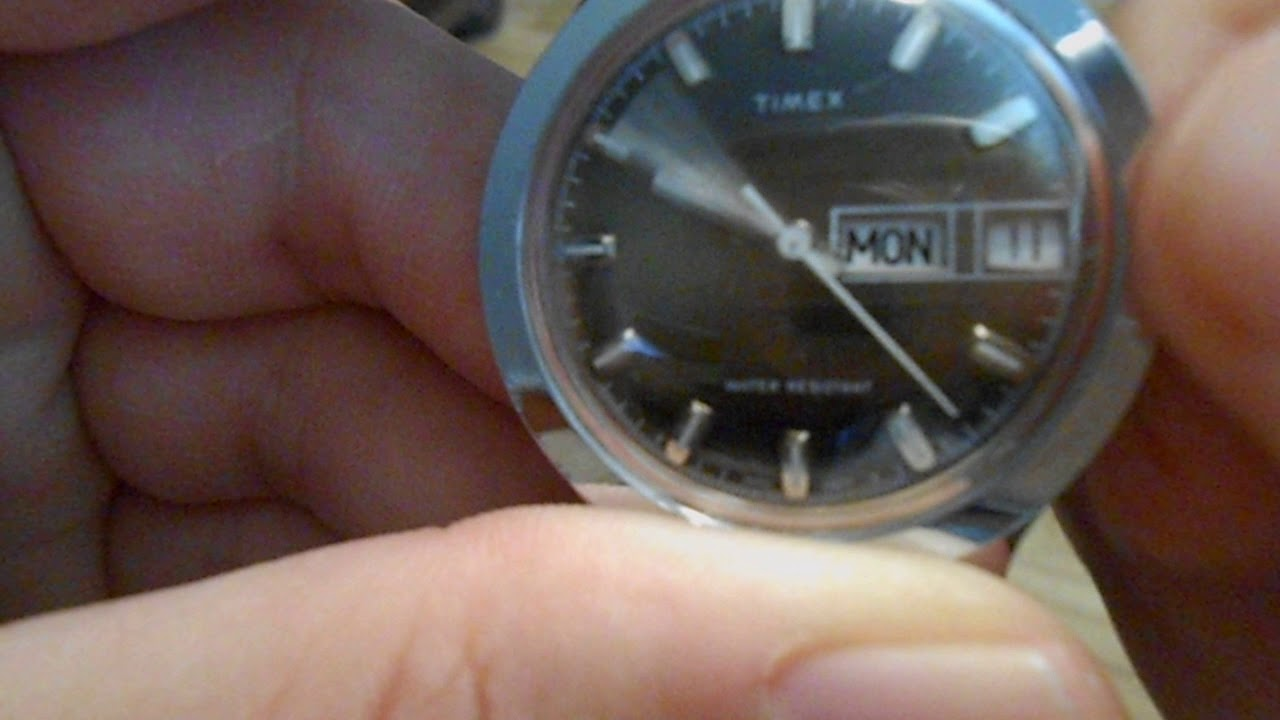Dating a timex watch