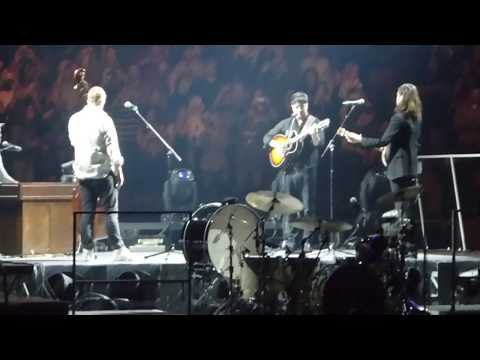 "Mumford & Sons ""Woman"" Live Toronto December 18 2018"