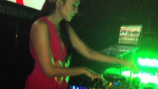 DJ AYU at ratu platinum batam (ON FIRE) sound of zeus