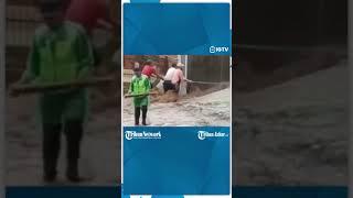 Banjir Bandang Terjang Pemukiman Di Cikole Lembang, 15 Rumah Terendam Banjir