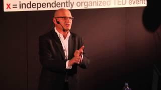 Dlaczego warto żyć tak, żeby chcieć o tym opowiadać wnukom | Janusz Kamieński | TEDxWSB