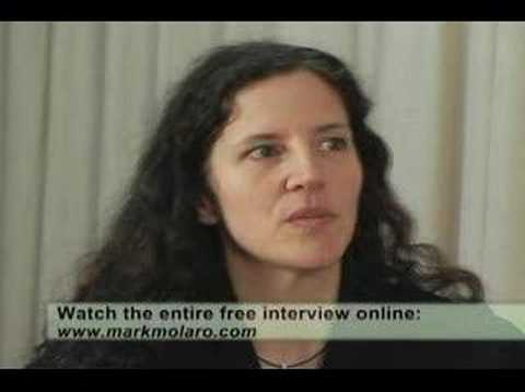 "Oscar-nominated Laura Poitras ""My Country, My Country"" clip"