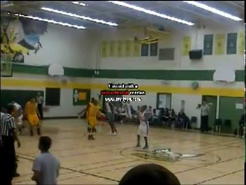 Tyrell Hoyme steal leads to fast break dunk