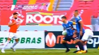"""Inter coloca """"mão na taça"""" do Brasileirão"""