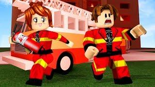 Roblox - BOMBEIROS EM AÇÃO ft CRIS MINEGIRL (Firefighters! BETA)