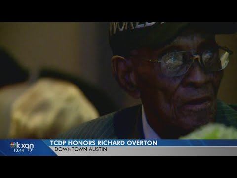 Richard Overton honored by Travis County Democratic Party