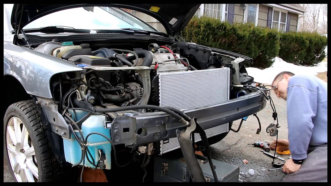 Volvo S60R 2004 rebuild after wrecked front end part 1 - YouTube