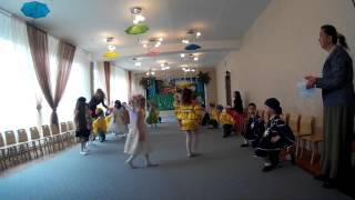 Утренник в детском саду на 8 марта. Д\с  Белоснежка город Одесса(У Евочки был утренник в саду,посвященный * марта.Красивый танец деток. Выход. JOIN VSP GROUP PARTNER PROGRAM: https://youpartnerwsp...., 2016-03-04T09:37:23.000Z)